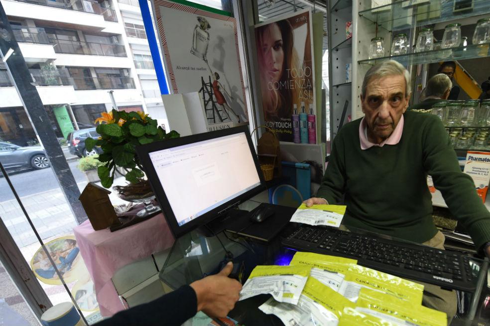 Se cumple un año de la venta de Marihuana en farmacias Uruguayas